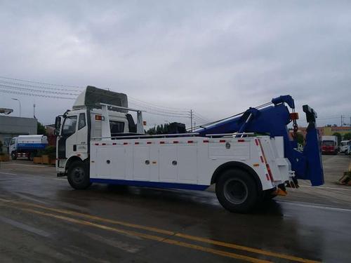 德尔格与PAUS合作研发矿用救援车